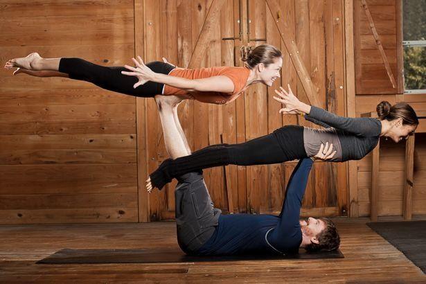 Acro Yoga: что за зверь и с кем едят