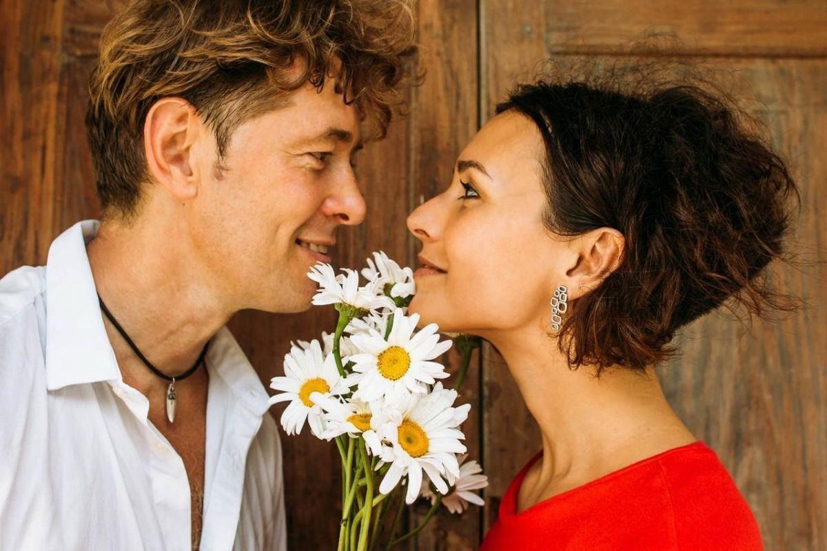 3 секрета счастливых пар: как поддерживать свежесть чувств спустя годы совместной жизни