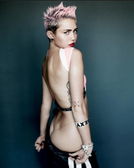 Miley cyrus занимается сексом