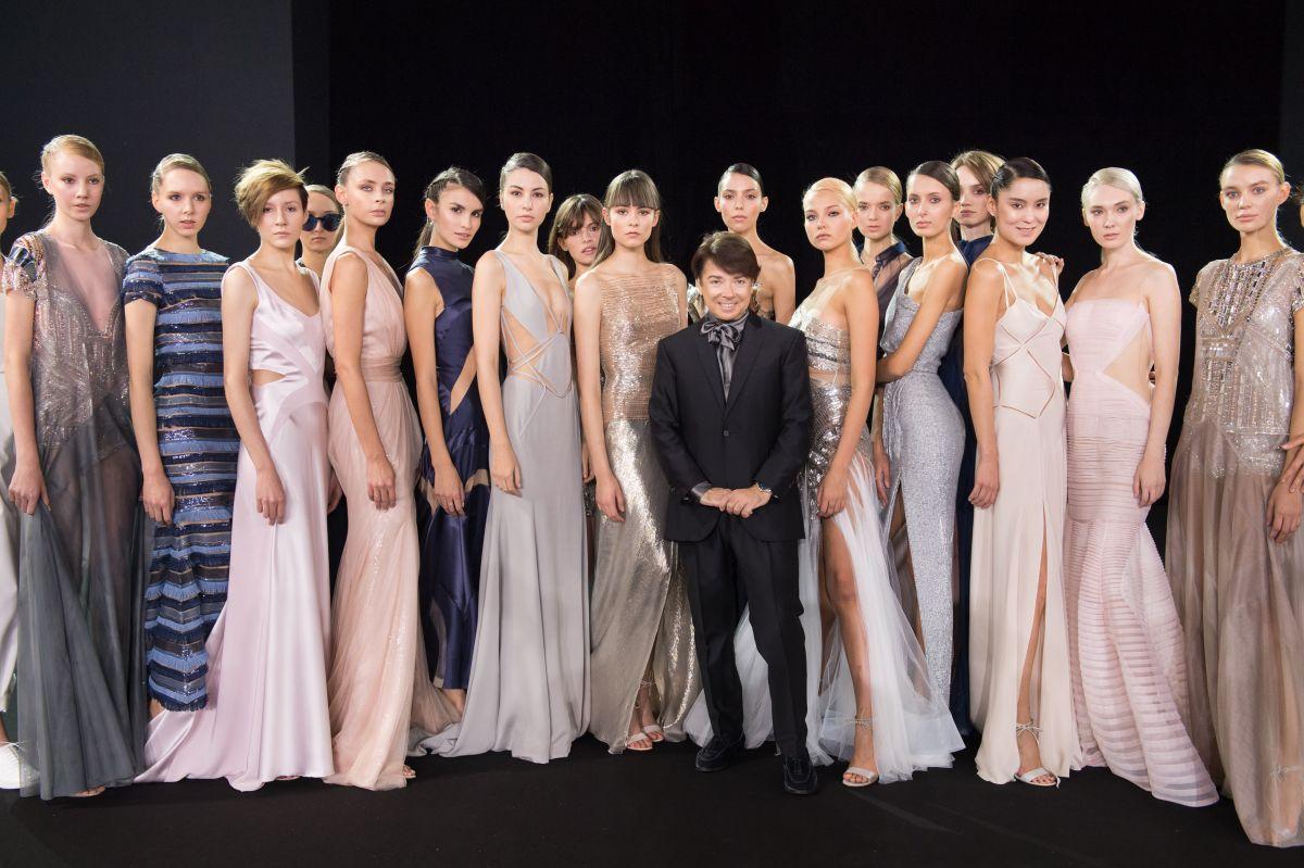 С 21 по 26 марта в Гостином дворе пройдет 37-я «Неделя моды в Москве. Сделано в России», которая проводится Ассоциацией Высокой моды и Прет-а-порте при поддержке МИНПРОМТОРГА России.