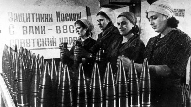 """Исторический проект """"Очаково в годы войны"""" с редкими фото и документами создали в школе №2025"""